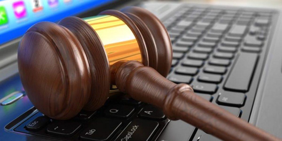 Bilişim Hukuku, Bilişim Avukatı